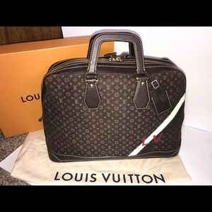 Authentic Louis Vuitton Isfahan travel duffle bag
